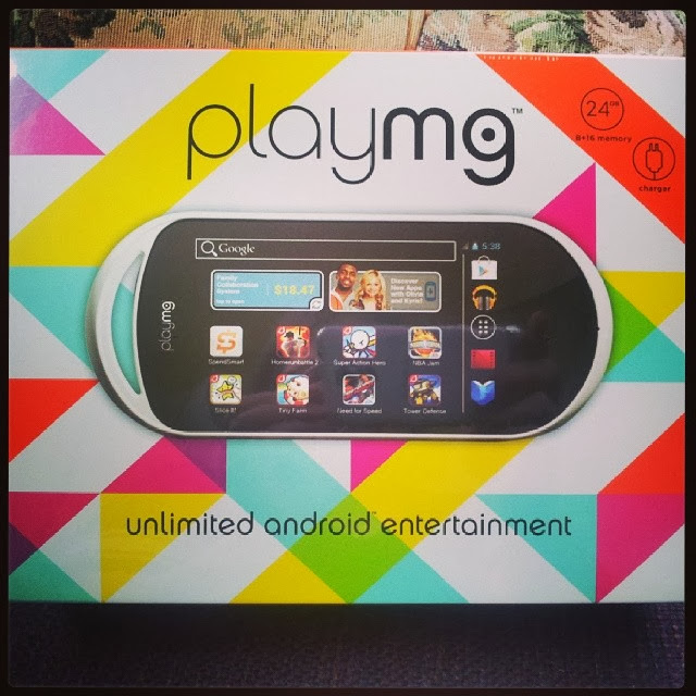 Enter to win a PlayMG gaming device from Moms Bookshelf & More