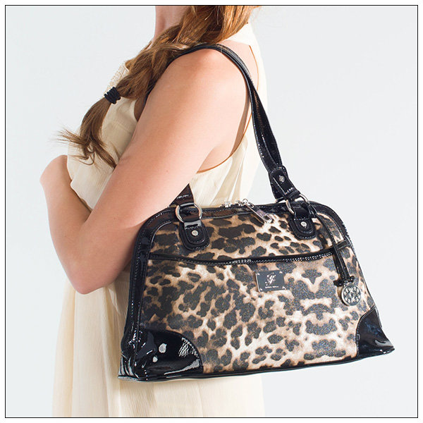 Grace Adele_emma Purse Bag_leopard Print_model_Moms Bookshelf