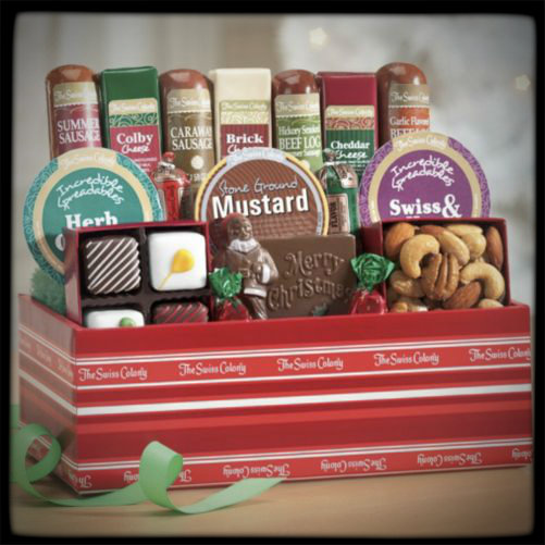 The Swiss Colony 15 Tasty Temptations Moms Bookshelf & More Holiday Gift Guide